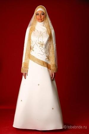 Описание товара Платье вечернее с длинным рукавом на молнии.